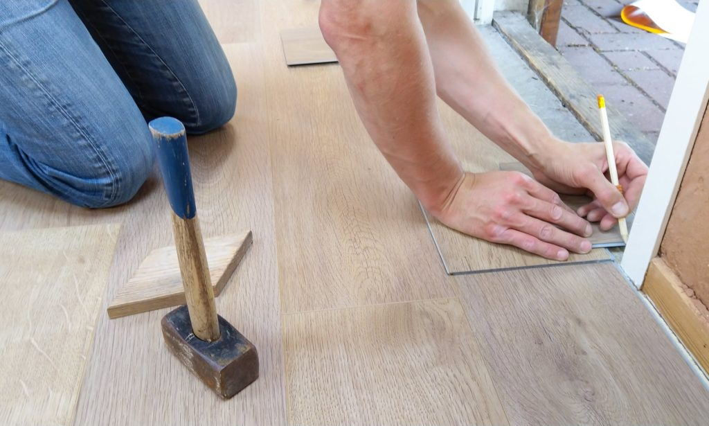 Flooring handy man